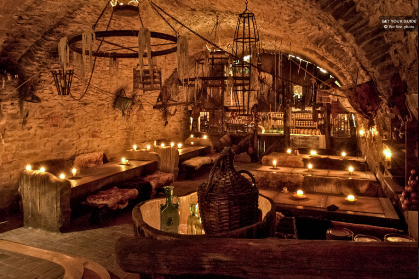 Medieval Dinner with Unlimited Consumption of Drinks